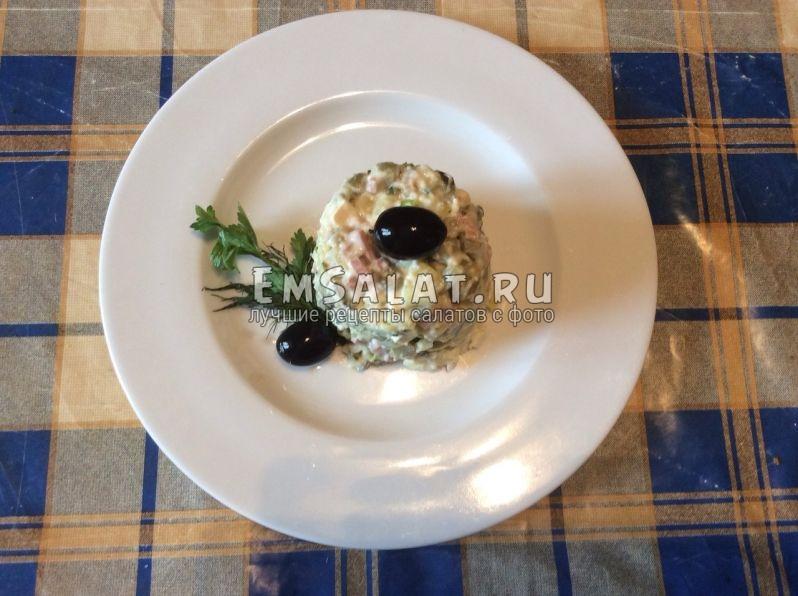 вегетарианский салат оливье