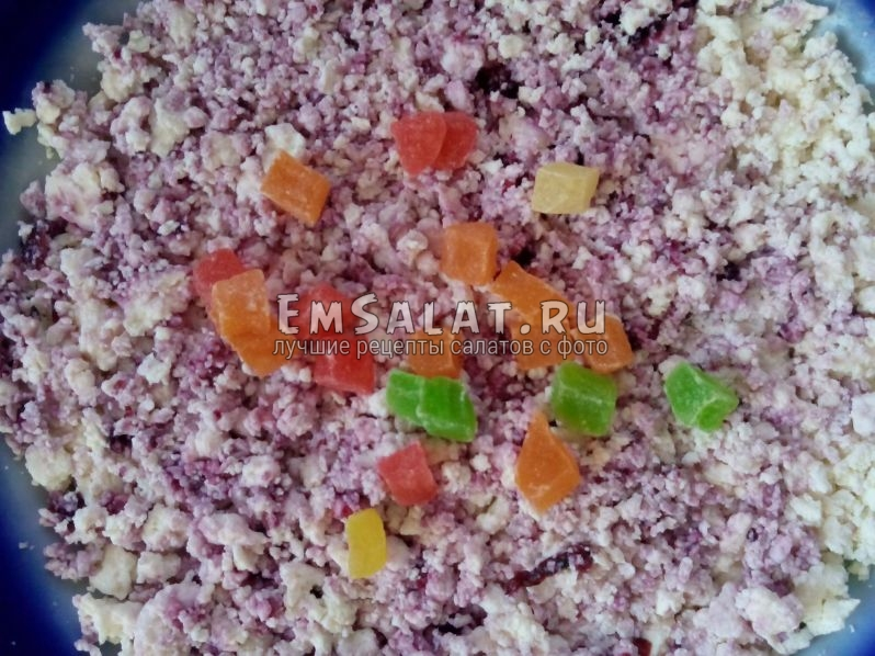 подсушенные фрукты в сахарном сиропе
