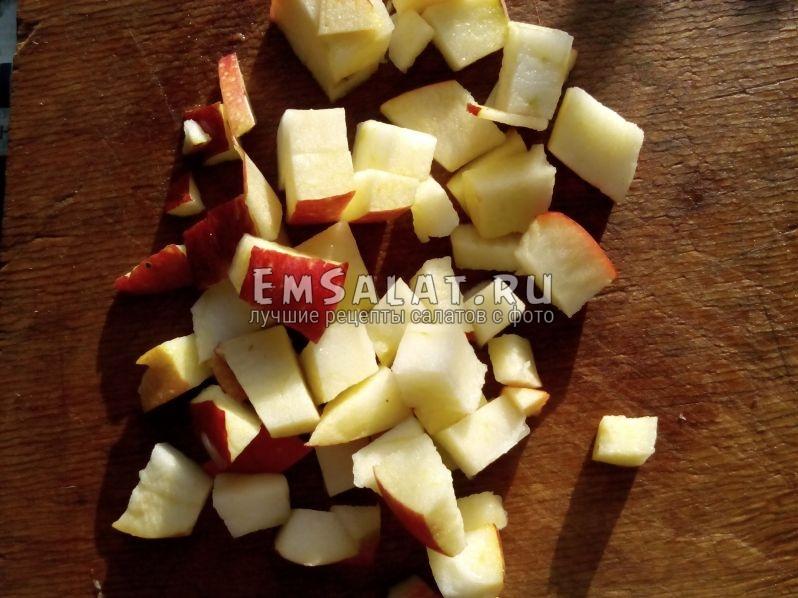 кусочки яблочек