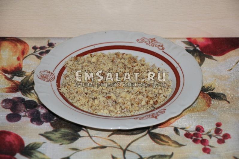 Очищенные и измельчённые грецкие орехи