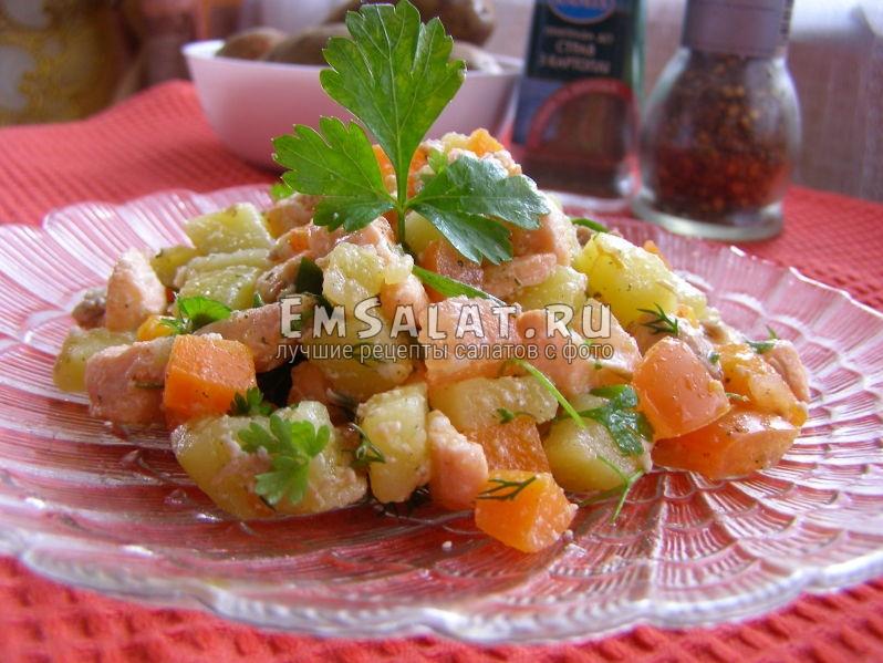 салат готов к подаче