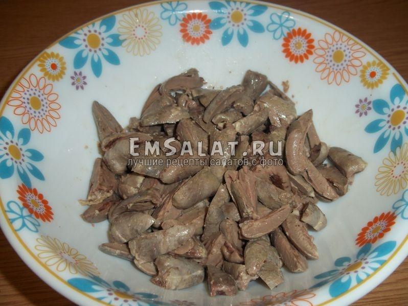 Куриные сердечки для кавказского салата