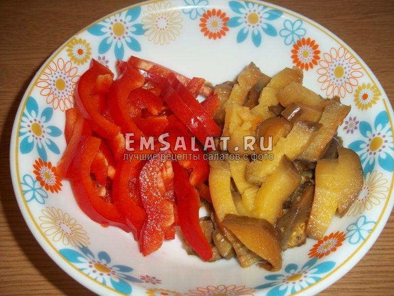 Перец и баклажаны для кавказского салата