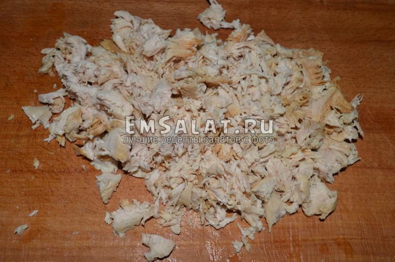 Как нарезать куриную грудку для салата