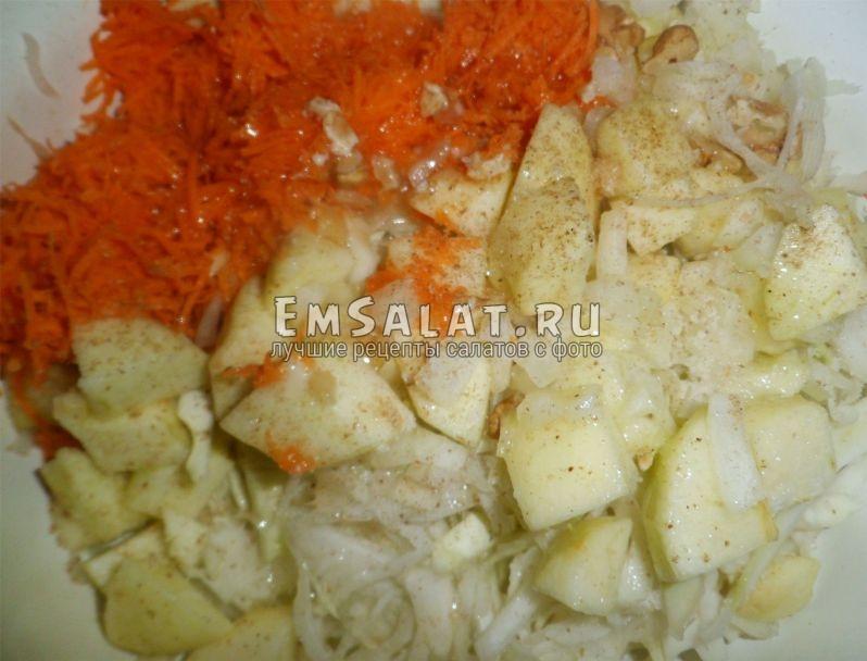 Заготовка для салата из капусты
