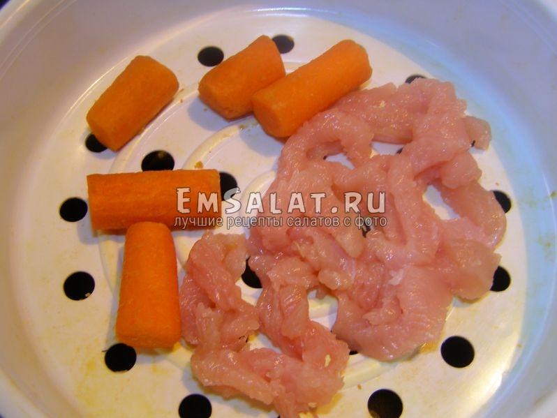 на пару морковь и куриная грудка