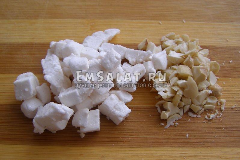 орешки измельченные и зефир