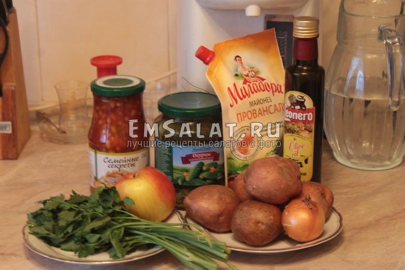 картошка, лук, зелень, яблоко, фасоль, огурцы