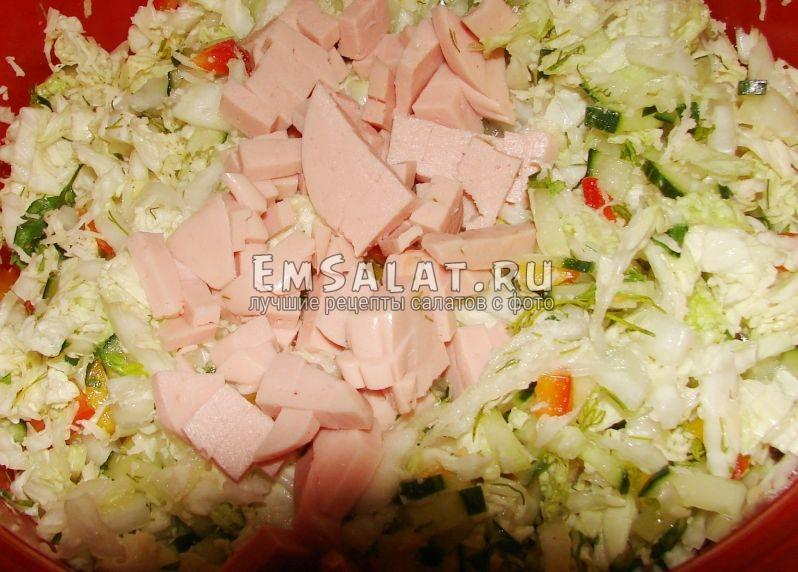 нарезка овощей + колбасная нарезка
