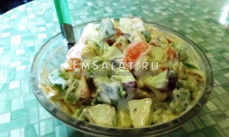 готовый салат Фруотовое ассорти