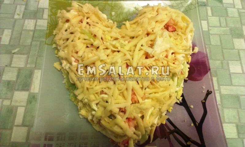 Пятый слой салата - тертый сыр