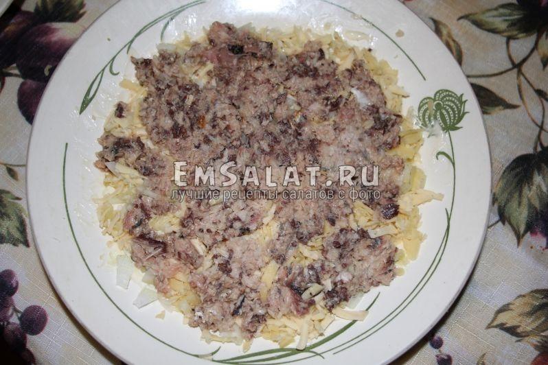 салат мимоза из рыбных консервов