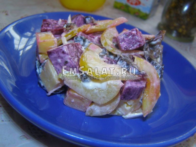 салат со свеклой и сыром - вкусно и сытно