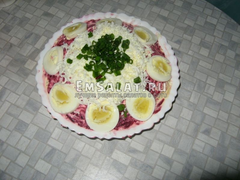 салат в готовом виде