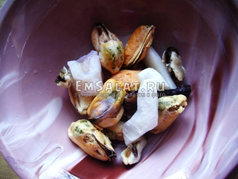 Размороженные морепродукты