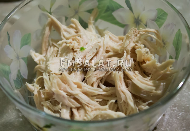нарезка курицы в салат