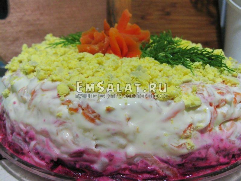 салат овощной слоенный зимняя шуба сельдью