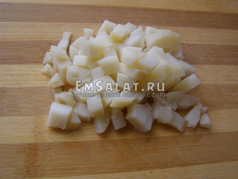 резаная вареная картошка