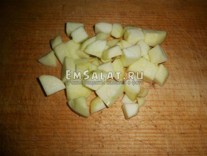 Нарезанные яблокиНарезынне яблоки