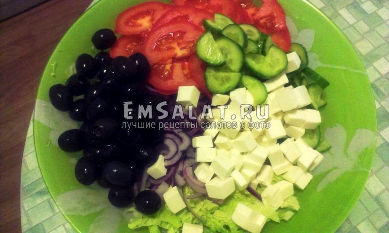 Завершающий этап - добавить оливки без косточки