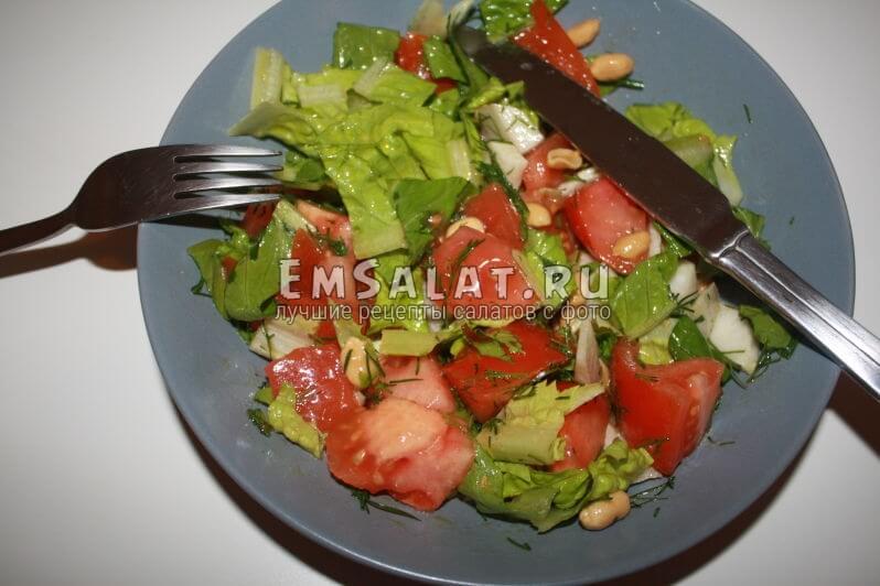 готовый салат перед употреблением