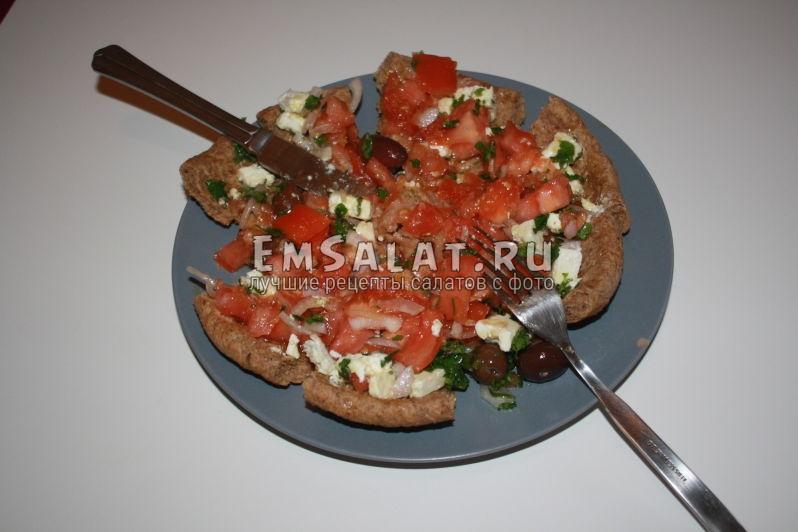 салат готов к употреблению