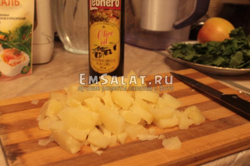 Картофель небольшими кубиками