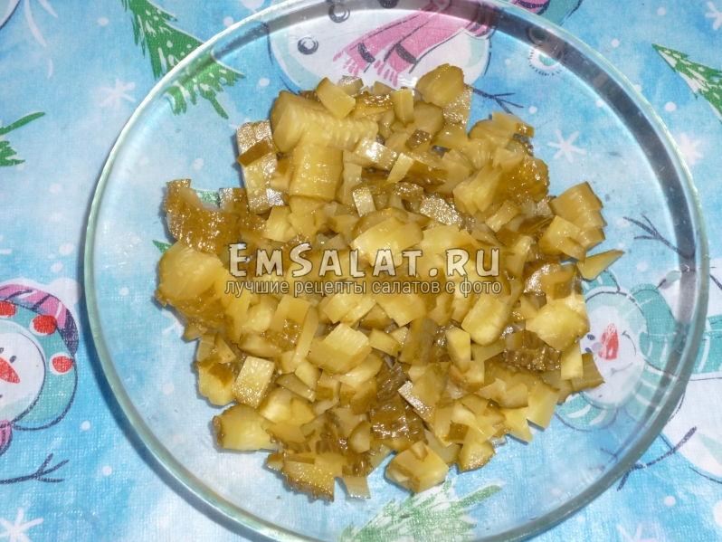 Фото нарезанных соленых огурцов