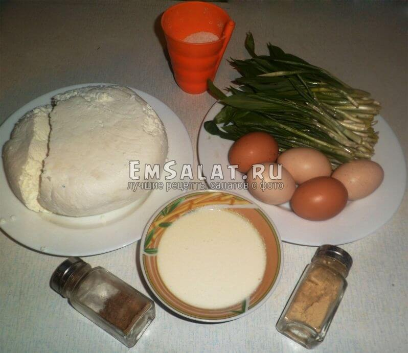 Ингредиенты для салата с черемшой и сыром