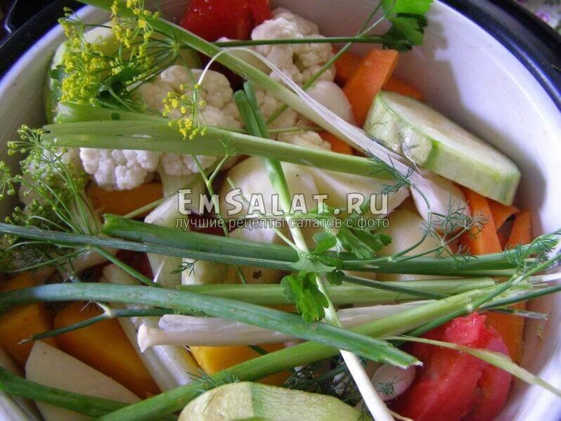 мультиварка с овощами