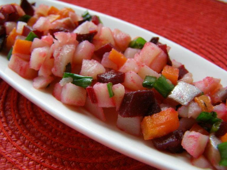 память салат из соленой скумбрии с фото мало-мальски